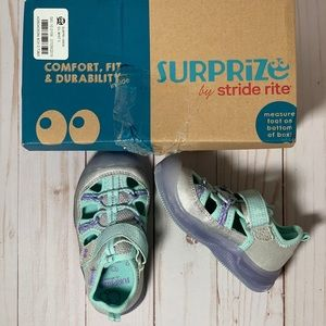 Surprize By Stride Rite Girls Light Up Shoes